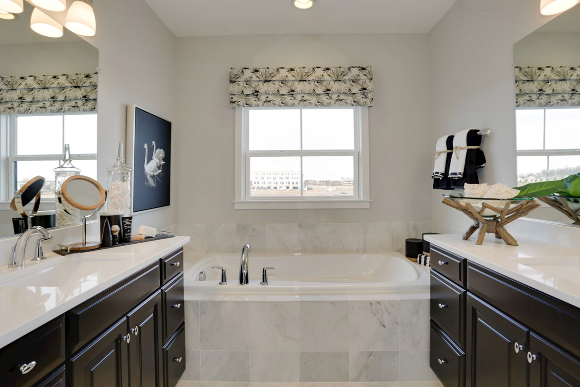 Downtown Brambleton Parker Master Bathroom