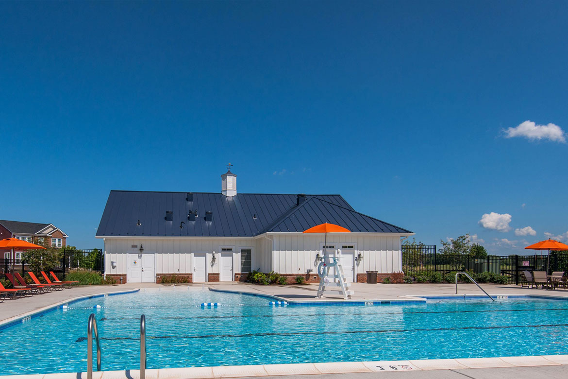 Meadowbrook Farm Clubhouse Pool