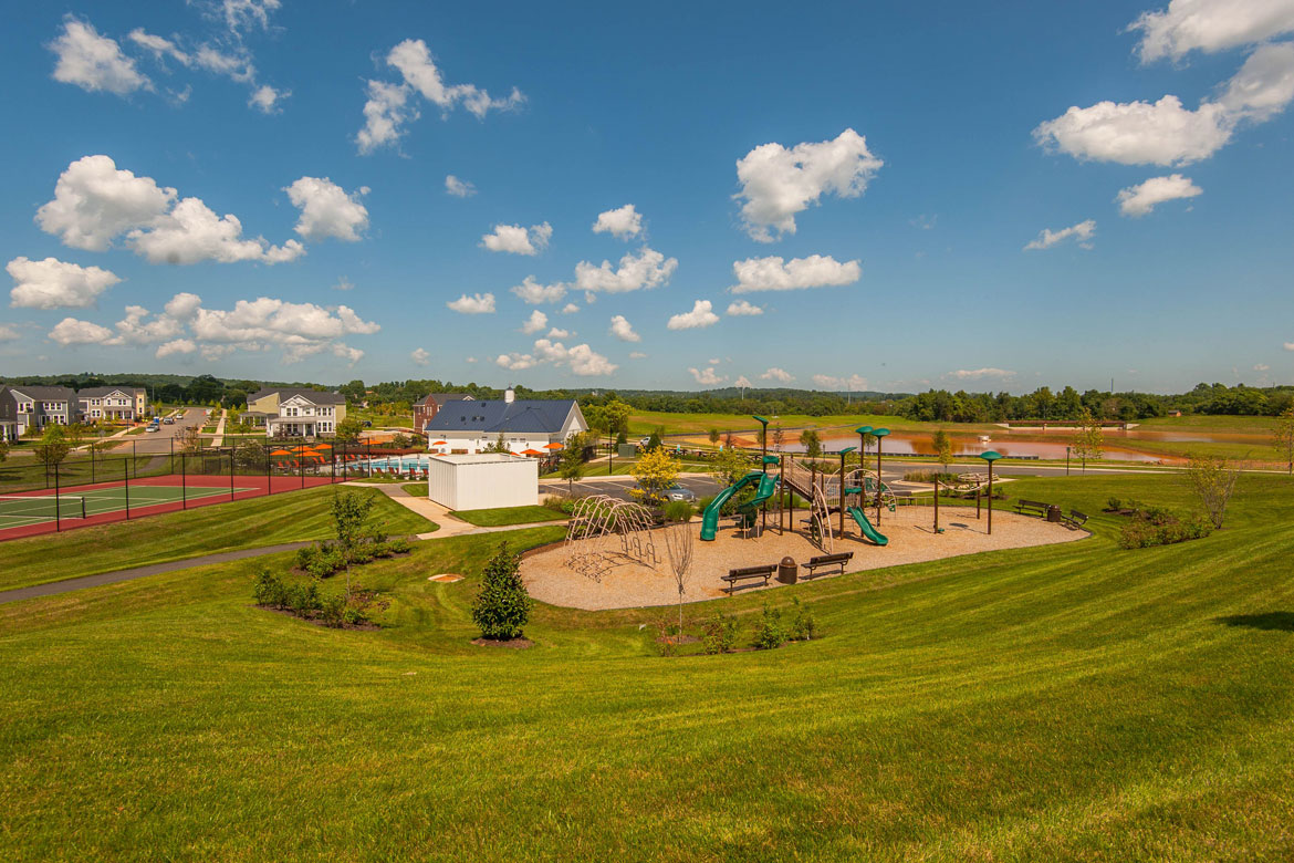 Meadowbrook Farm Clubhouse Park