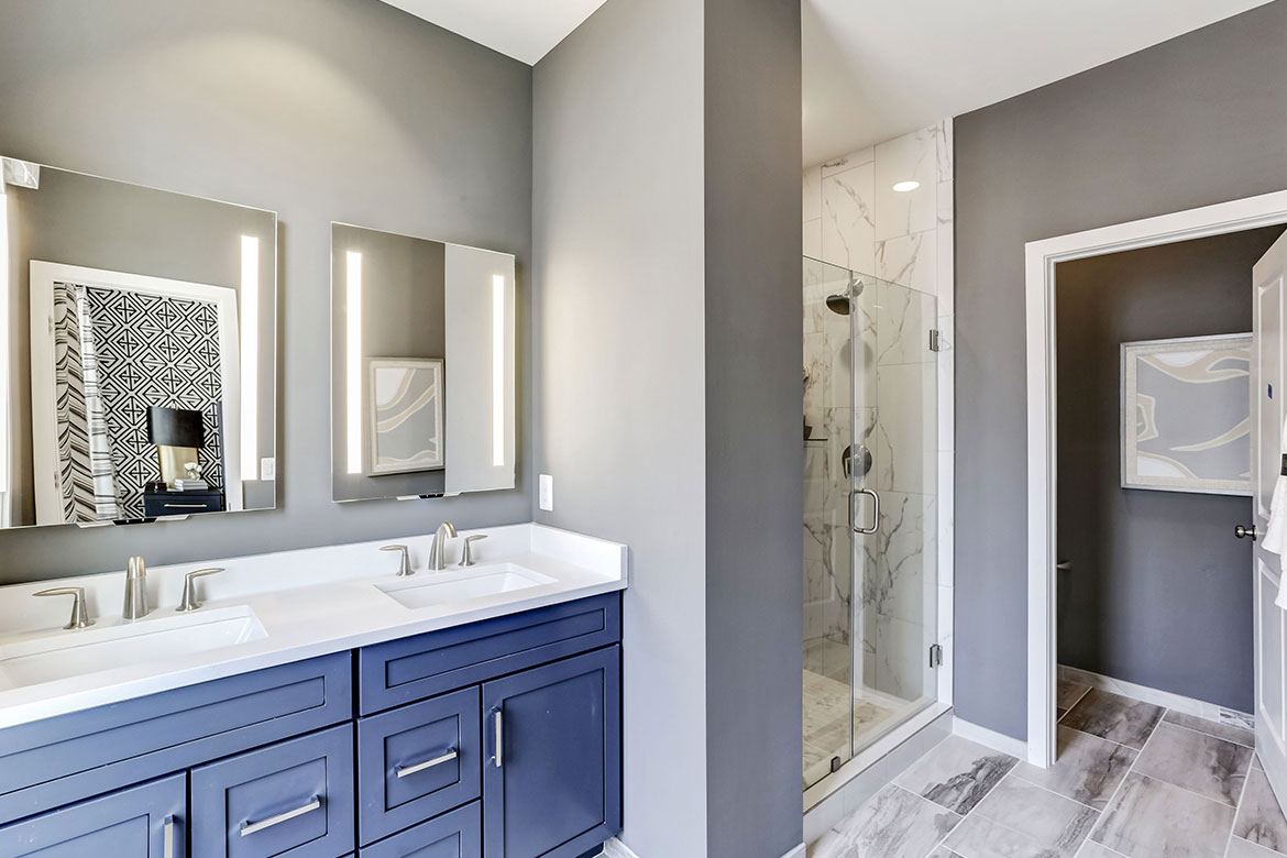 Regatta Master Bathroom