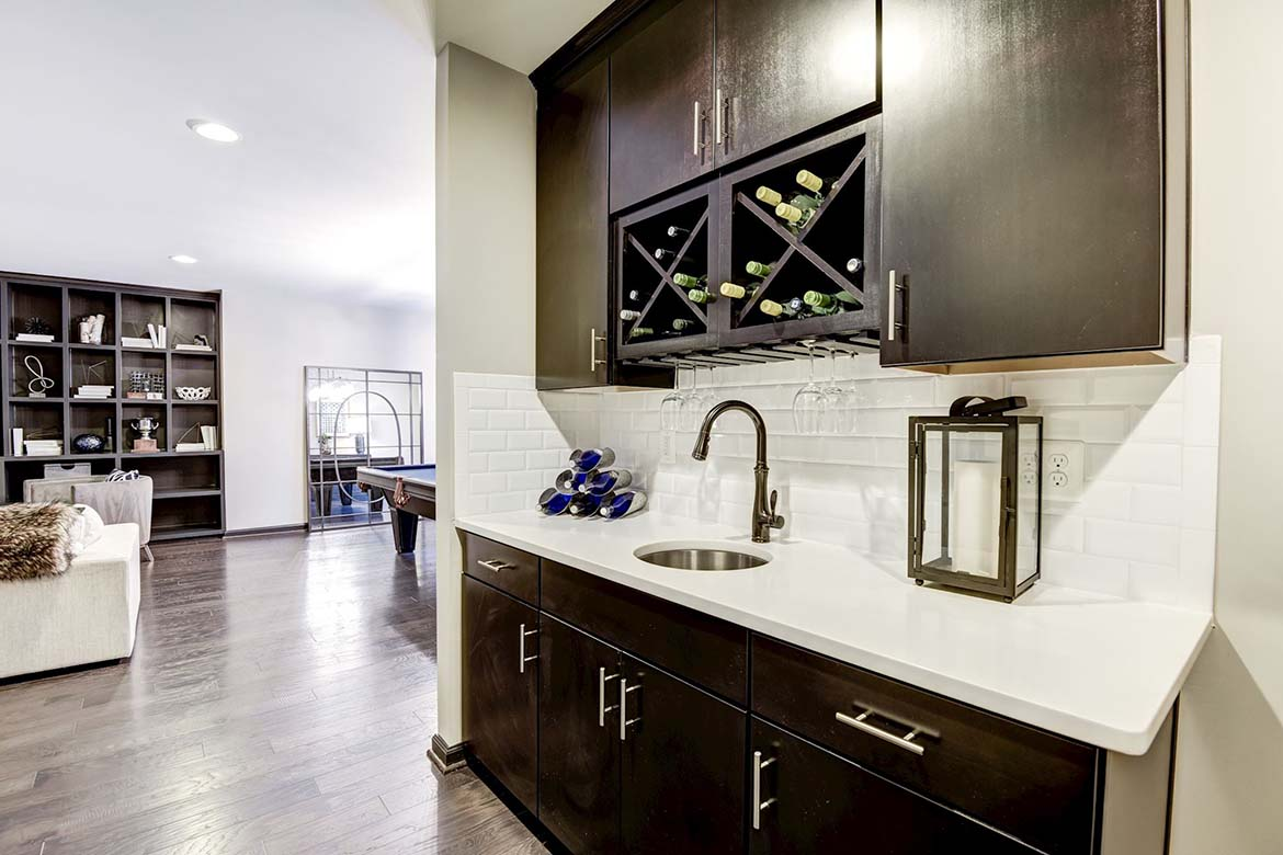 Tanglewood Basement Wet Bar