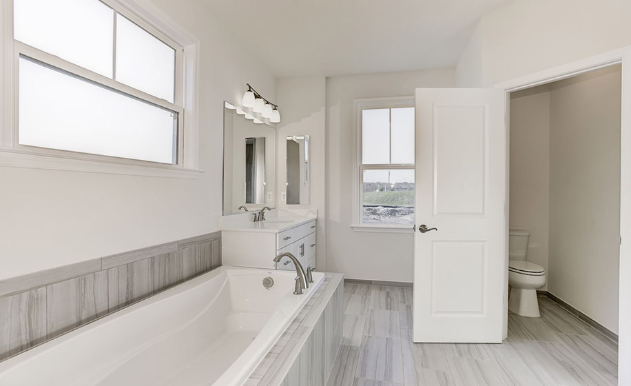 Meadowbrook Farm Belmont Master Bath